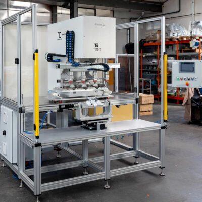 Servoelektrische Tampondruckmaschine zum ein- und mehrfarbigen Bedrucken, Beschriften, Kennzeichnen und Dekorieren von Produkten